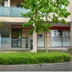 Location Local commercial Noisy-le-Grand 241,8 m²