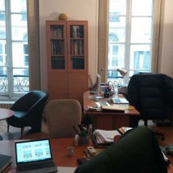 Location Bureau Paris 10ème 69,68 m²