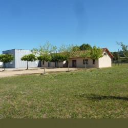 Location Bureau Crémieu 125 m²