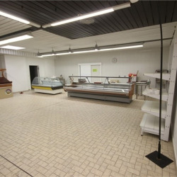 Location Local commercial Fellering 171 m²