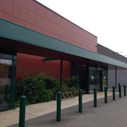 Location Local d'activités La Mézière 3520 m²