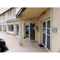 Location Local commercial Boé 46 m²