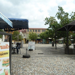 Location Local commercial Fort-de-France 140 m²