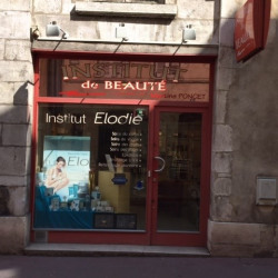 Location Local commercial Bourg-en-Bresse 58 m²