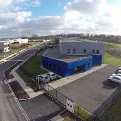 Vente Local d'activités Saint-Pierre-du-Perray 1297 m²