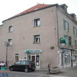Location Local commercial Uckange 67,3 m²