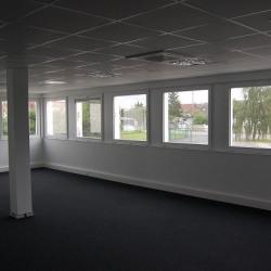 Location Bureau Lacroix-Saint-Ouen 90 m²