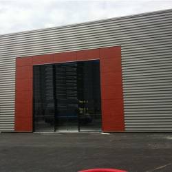 Location Local commercial Saran 410 m²
