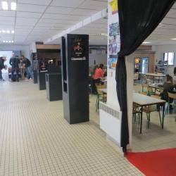 Location Bureau Saint-Clément-de-Rivière 2355 m²