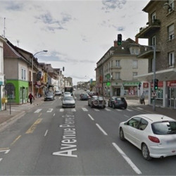 Location Local commercial Troyes 570 m²