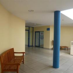 Location Bureau Pézenas 157 m²