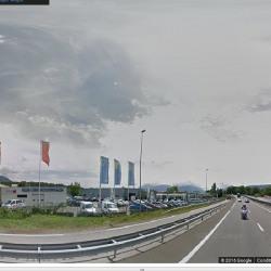 Location Local commercial Voglans 500 m²
