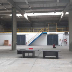 Location Local d'activités Maurepas 2200 m²