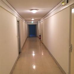 Location Bureau Saint-Laurent-du-Var 128 m²