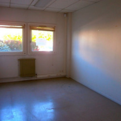 Location Bureau Tours 135 m²