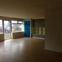 Location Local commercial Saint-Maximin 540 m²