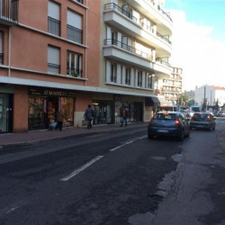 Vente Local commercial Châtillon 98 m²