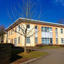 Location Bureau Voisins-le-Bretonneux 145 m²