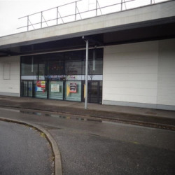 Location Local commercial Frouard 1000 m²