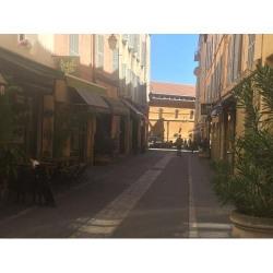 Cession de bail Local commercial Aix-en-Provence 80 m²