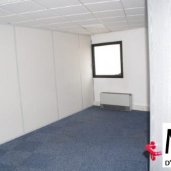 Location Bureau Bron 433 m²