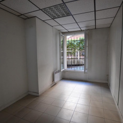 Location Bureau Paris 15ème 72 m²
