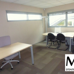 Location Bureau Vourles 214 m²