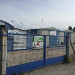 Location Entrepôt Notre-Dame-de-Gravenchon 1240 m²