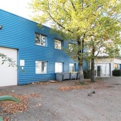 Vente Bureau Brindas 827 m²