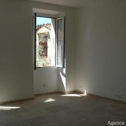 vente Appartement 4 pièces Cabris