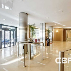 Location Bureau Paris 7ème 1054 m²