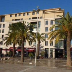 Location Bureau Toulon 576,4 m²
