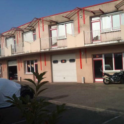 Location Bureau Les Essarts-le-Roi 301 m²