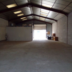 Location Local commercial Tours 200 m²