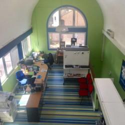 Location Bureau Éragny 60 m²