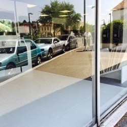 Vente Local commercial Pierre-Bénite 550 m²