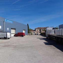 Location Entrepôt Cuers 384 m²