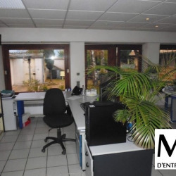 Location Bureau Vourles 127 m²