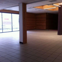 Location Local commercial Brest 380 m²