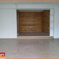 Location Local commercial Domérat 50 m²