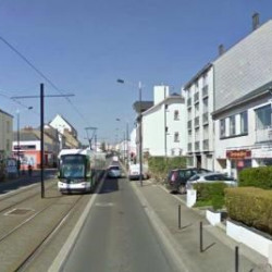 Location Local commercial Nantes 75 m²