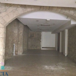 Location Local commercial Béziers 159 m²