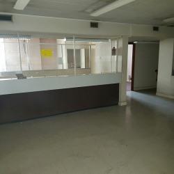 Vente Bureau Saint-Laurent-du-Var 165 m²