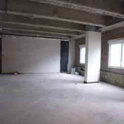 Vente Local commercial Évreux 144 m²