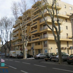 Location Local commercial Narbonne 103,97 m²