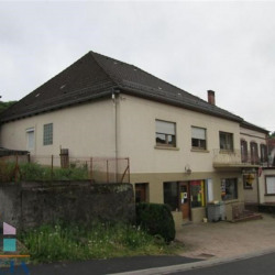 Location Local commercial Walscheid 98,26 m²