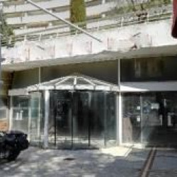 Location Local commercial Villeneuve-Loubet 306 m²