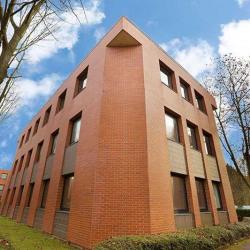 Vente Bureau Montigny-le-Bretonneux 479 m²