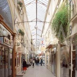 Vente Local commercial Paris 2ème 67 m²