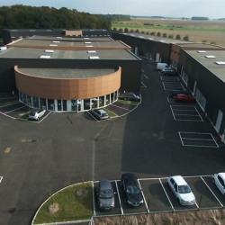 Location Entrepôt Gazeran 200 m²